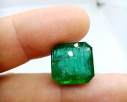 Superb IGI Certified 20.62cts  Zambian Emerald , 100% Natural Gemstone