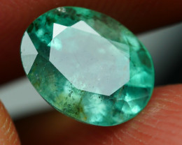 1.405crt TRANSLUCENT GREEN EMERALD ZAMBIA -