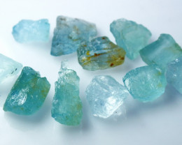 101.40 CT Natural - Unheated Blue Aquamarine Rough Lot