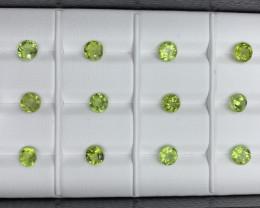 10.79 CT Peridot Gemstones