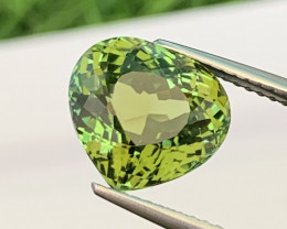 4.58 Cts Bright Green Top Quality Heart Shape VVS Natural Tourmaline