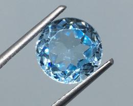 3.20 Carat VVS Topaz Aqua Blue Precision Cut and Polished Quality !