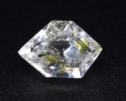 Rare Petroleum Quartz 3.35 Cts Faceted Gemstone with Moving Petroleum Bubbl