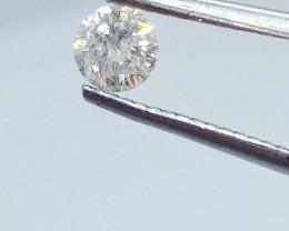 0.36ct  White Diamond , 100% Natural Untreated
