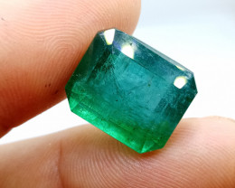 Certified 20.49cts  Zambian Emerald , 100% Natural Gemstone