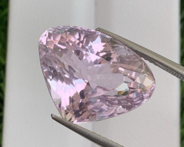 17.32 Cts Top Quality Classic Rose Pink Natural Kunzite