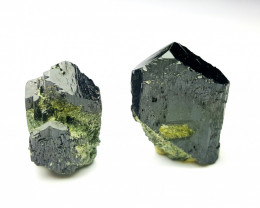 Amazing Natural color Damage free 2 Epidote cute Crystals 60Cts-P