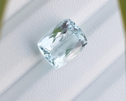 Stunning 6..75 CTS Aquamarine Flawless Piece