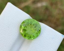 4.10 carats Amazing color Peridot Gemstone from Pakistan