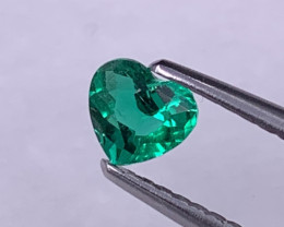 Certified Colombian Muzo Green Emerald Fine Quality Insignificant