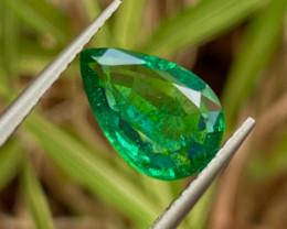 1.8 ct Emerald  Vivid green 100 % Natural Gemstone