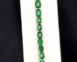 8.55 Carats Natural Tsavorite Gemstones