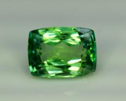 NR Auction 7.85 Grams Amazing Green Hiddenite Kunzite Gemstone