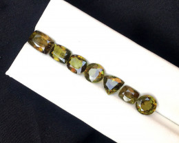 9.60 Carats Natural Sphene Titanite Gemstones lot