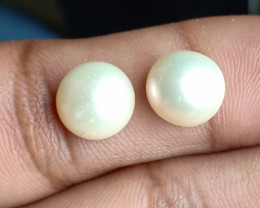 PEARL PAIR 8mm Genuine Fresh Water Pearl VA193