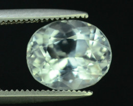 Top Grade 2.15 ct Attractive Color Aquamarine For Jewelry