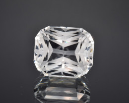 Natural Topaz 24.15 Cts Perfect Precision Cut , Outstanding Design