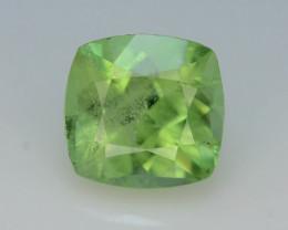 Exquisit Color 3.00 ct Himalayan Peridot