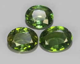5.55 CTS_FINE GEMSTONE COLLECTION_100 % NATURAL GREEN APATITE!!