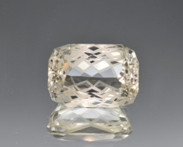 Natural Topaz 23.56 Cts Perfect Precision Cut , Outstanding Design