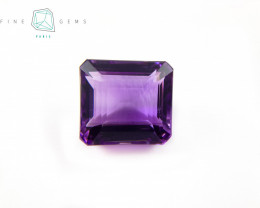 33.91 carats Natural Amethyst Purple  Gemstone Octa  cut