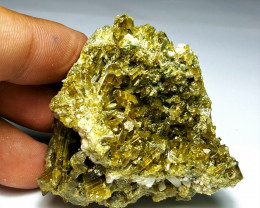 Amazing Natural color Damage free Epidote combine with Lovely Diposite 370C