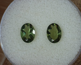 1,82ct Moldavite pair - Natural faceted Tektite!