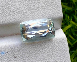 Aquamarine, 5.50 cts Top Color Natural Aquamarine from Pakistan