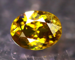 Sphene 1.54Ct Natural Rainbow Flash Green Sphene DR451/B41
