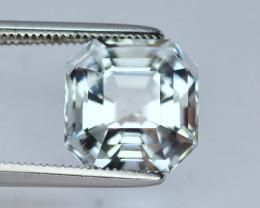 4 Carat Natural Aquamarine Gemstone