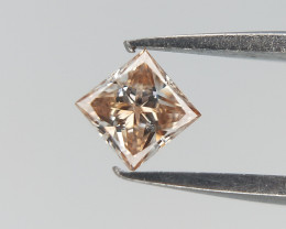 0.10 ct , Rare Diamond , Uneven Colored Diamond , Unique Diamond