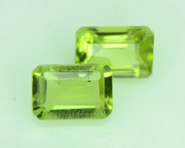Attractive 1.45 ct 2 Pcs Jewelry Size Peridot