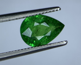 1.38 Carats vivid Green Natural Tsavorite Gemstone