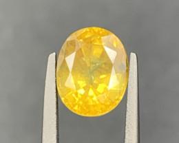 1.99 ct yellow Sapphire Gemstones