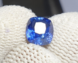 CERTIFIED 1.38 CTS NATURAL BEAUTIFUL ROYAL BLUE SAPPHIRE CEYLON SRI LANKA