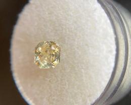IGI CERTIFIED 1.09ct Yellow Sapphire Square Brilliant Cut Loose Gemstone