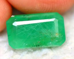 Emerald 2.56Ct Natural Zambia Green EmeraldE0806/A38