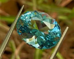 9.57 ct Blue Aquamarine with fine cutting gemsstone