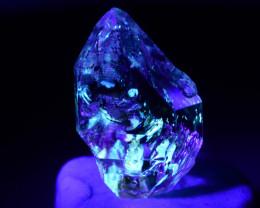 Rare 3.75 ct Natural Ancient Fluorescent Quartz With Ancient Petrolium