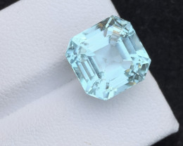 AAA Grade 8.70 ct Attractive Color Aquamarine~K