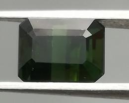 Tourmaline, 1.67ct, dark intense green, clean stone !