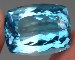 28.41 ct. 100% Natural Earth Mined Top Quality Blue Topaz Brazil