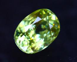 Sphene 1.72Ct Natural Rainbow Flash Green Sphene D1505/B41