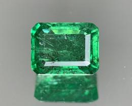 3.69 Carats  Natural Emerald Gemstone