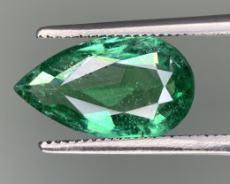AIG Certified 2.80 Carats  Natural Emerald Gemstone