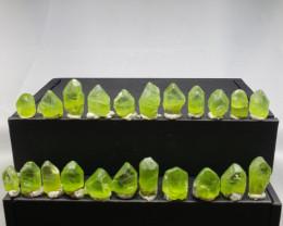 Peridot Crystal 128 cts 22 pcs