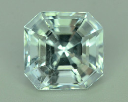 Top Grade Accsher Cut 5.60 ct Attractive Color Aquamarine