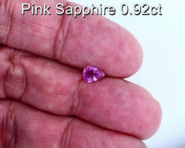 0.92cts Natural Pink Sapphire     Pear Cut