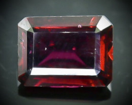 2.25 Crt Natural Rhodolite Garnet  Faceted Gemstone.( AB 42)