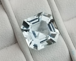 Top VS Aquamarine Gem 2.75 CTS